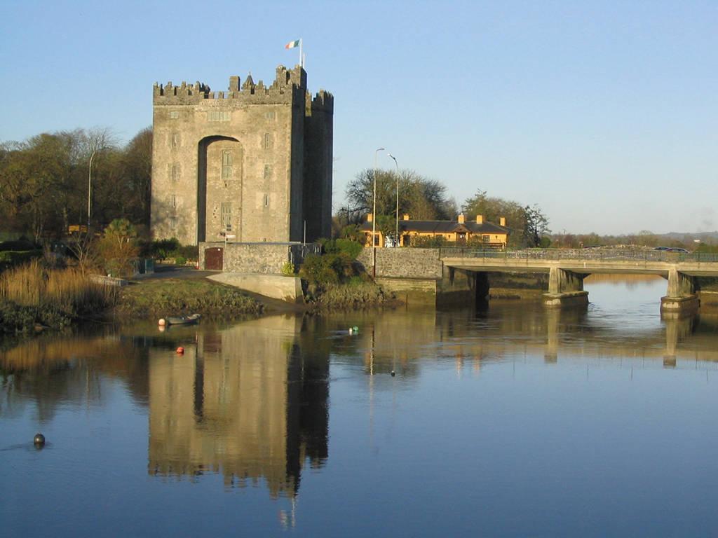 Bunratty Castle