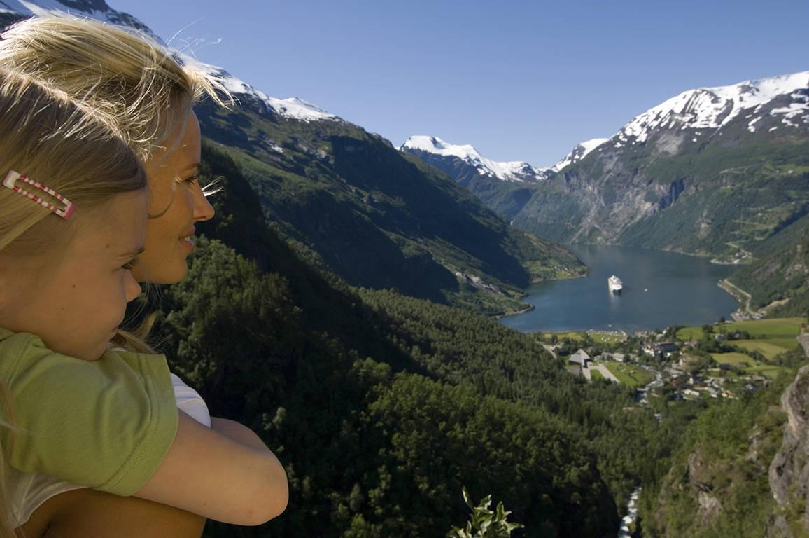 Vakantie Noorwegen - Geirangerfjord moeder en dochter