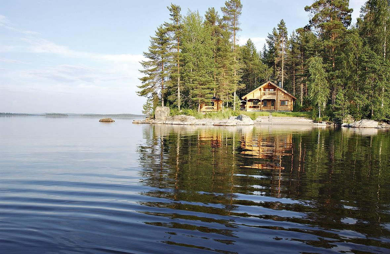 Huisje aan meer